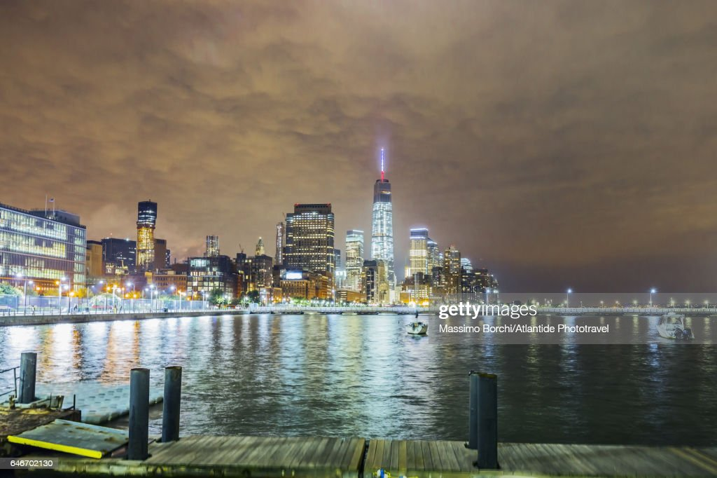 Manhattan, view of Lower Manhattan with the One World Trade Center : Stock Photo