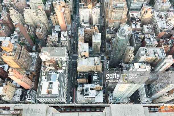 manhatthan from above - rockefeller center stock pictures, royalty-free photos & images