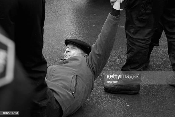 Manifestant violenté