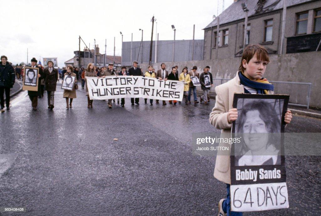 Manifestation de soutien à Bobby Sands : News Photo
