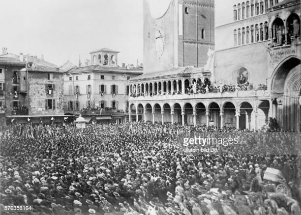 Manifestation on the occasion of the 1st anniversary of accession to power by Benito Mussolini