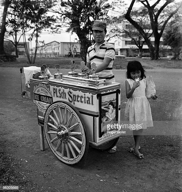 Manila Icecream seller February 1963