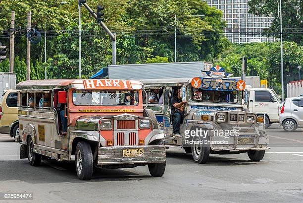 manila jeepney - jeepney stock pictures, royalty-free photos & images