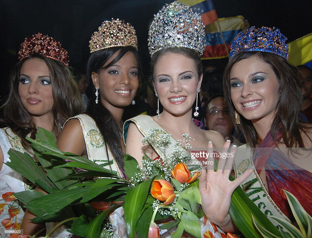 Alexandra Braun Waldeck (2R) of Venezuel : News Photo