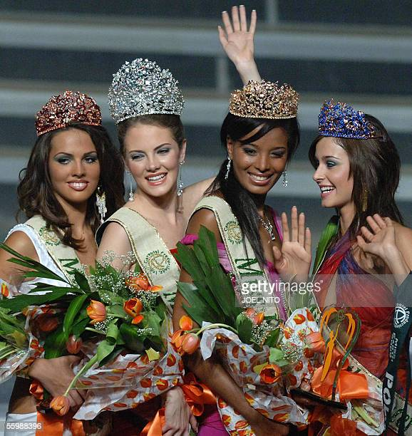Alexandra Braun Waldeck of Venezuela waves to the crowd as she was crowned Miss Earth 2005 in a beauty pageant in Manila 23 October 2005 Other...