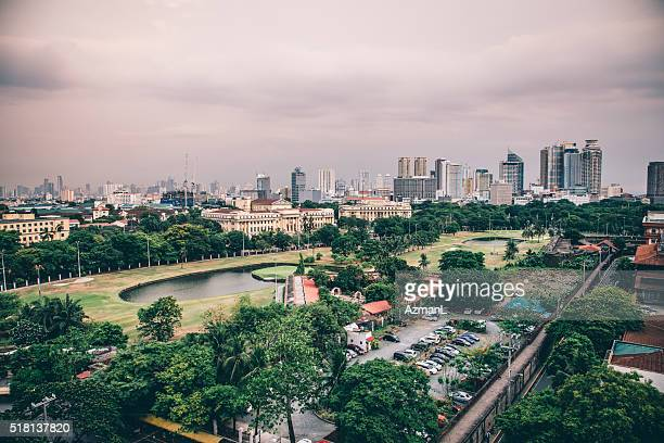 manila skyline - manila philippines stock pictures, royalty-free photos & images