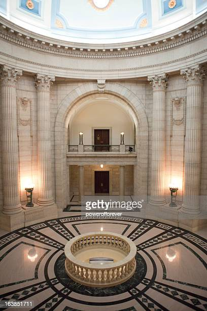 manitoba legislative building - manitoba stock pictures, royalty-free photos & images