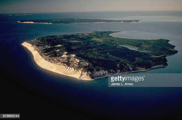 manitou islands - michigan stock pictures, royalty-free photos & images