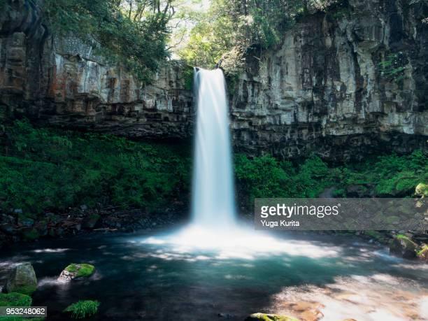 manjo waterfall in the izu peninsula - shizuoka stock pictures, royalty-free photos & images