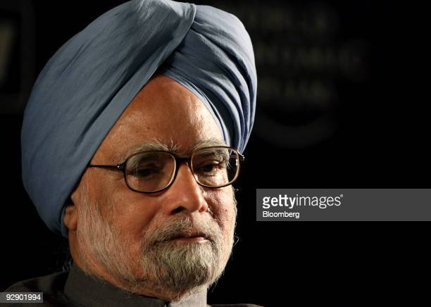 Manmohan Singh, India's prime minister, attends the World Economic Forum's India Economic Summit in New Delhi, India, on Sunday, Nov. 8, 2009. The...