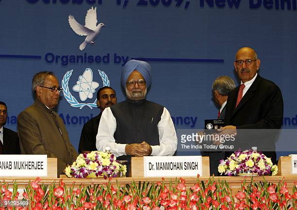 Manmohan Singh, Mohamed El Baradei and Pranab Mukherjee at the International Conference on Peaceful Uses of Atomic Energy-2009 in New Delhi.