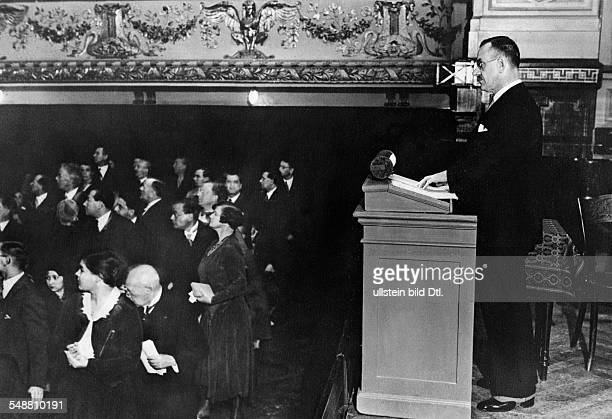 Mann Thomas Writer D *06061875 Nobel Prize laureate 1929 Thomas Mann during his 'German Speech' in the Ludwig van BeethovenSaal in Berlin Published...