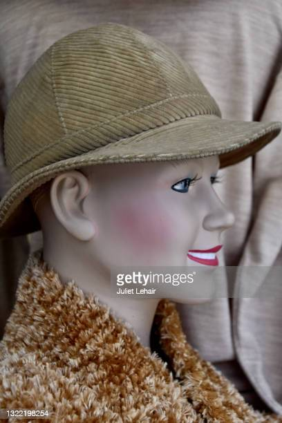 mannequin lady. - pink lipstick stock pictures, royalty-free photos & images