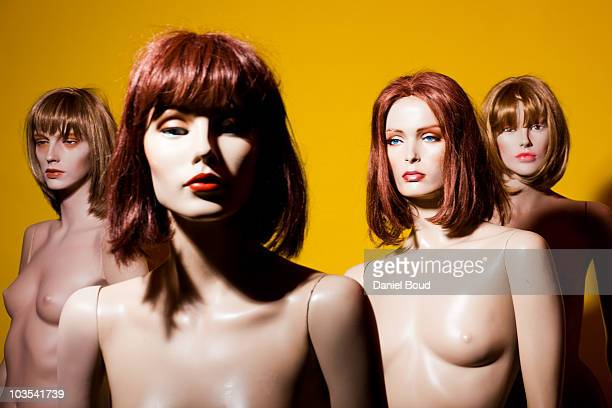 mannequins - mannequin stock pictures, royalty-free photos & images
