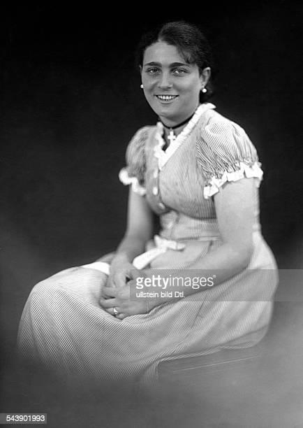 Mannheim Lucie Actress Germany*30041899 in 'Jugen' bei Max Halbe Photographer Ernst Sandau 1927Vintage property of ullstein bild