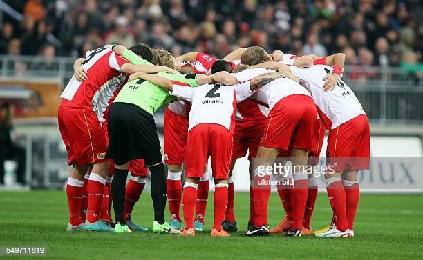 Mannschaft Team Aktion Kreis Union Berlin Sport Fußball Fussball Millerntorstadion Hamburg Herren DFL zweite Bundesliga Saison 2012
