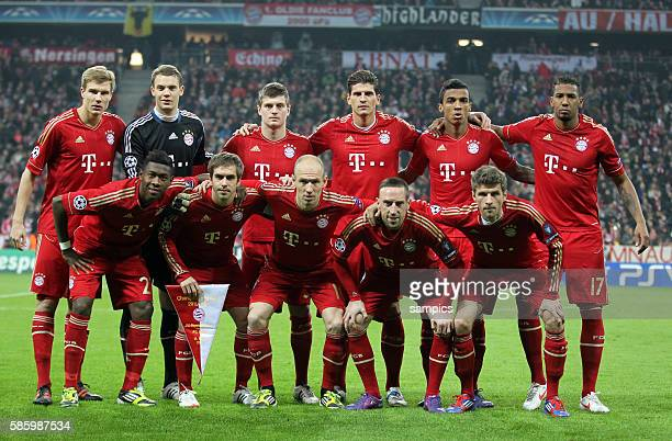 Mannschaftsfoto des FC Bayern München vl Holger Badstuber FC Bayern München Manuel Neuer Bayern München Toni KROOS FC Bayern München Mario GOMEZ FC...
