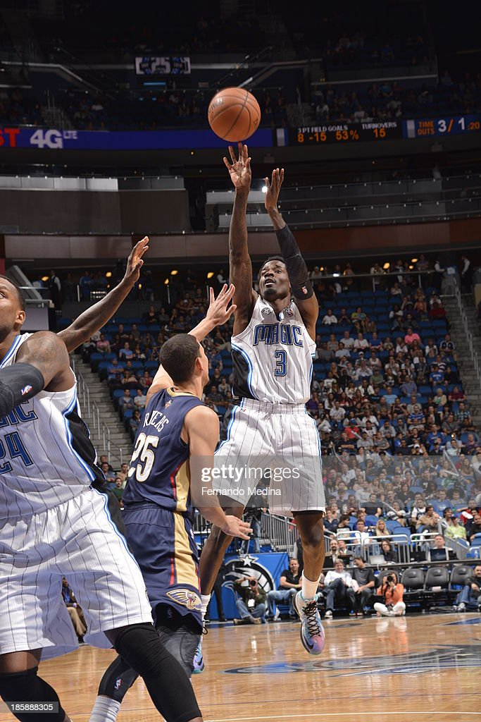 Manny Harris #3 of the Orlando Magic shoots the ball against the New Orleans Pelicans the game on October 25, 2013 at Amway Center in Orlando, Florida.