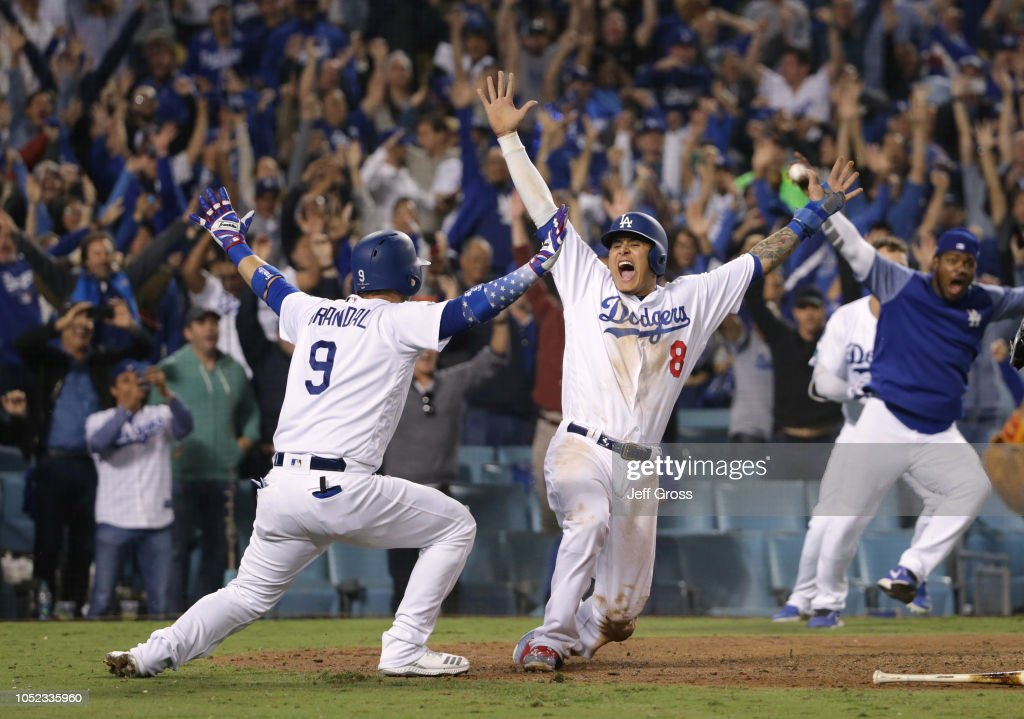 League Championship Series - Milwaukee Brewers v Los Angeles Dodgers - Game Four : News Photo