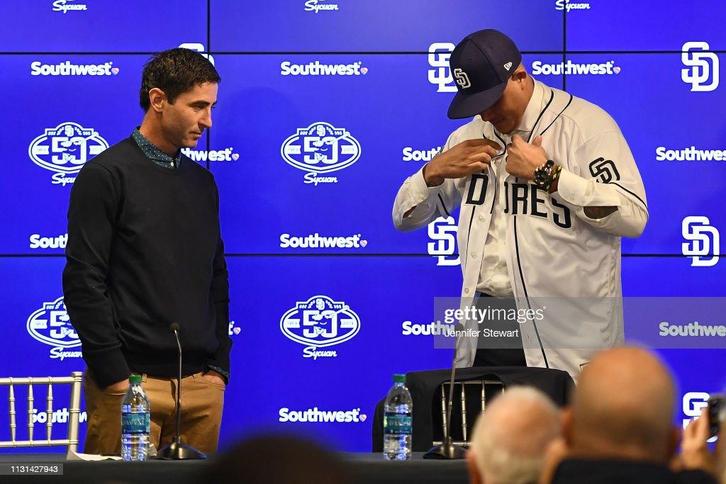 AZ: San Diego Padres Introduce Manny Machado
