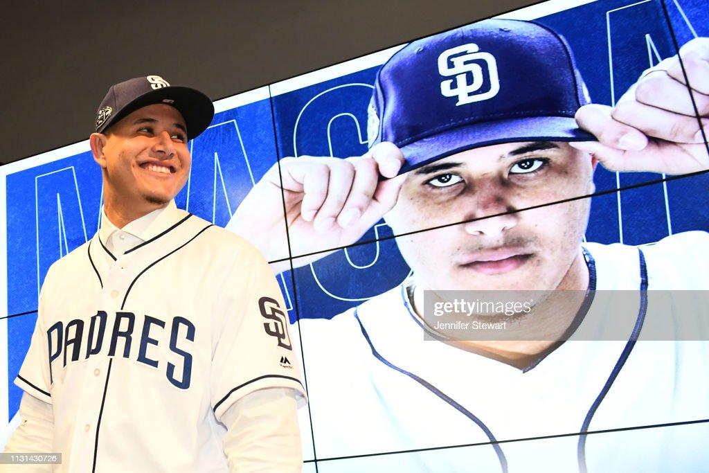 San Diego Padres Introduce Manny Machado : ニュース写真