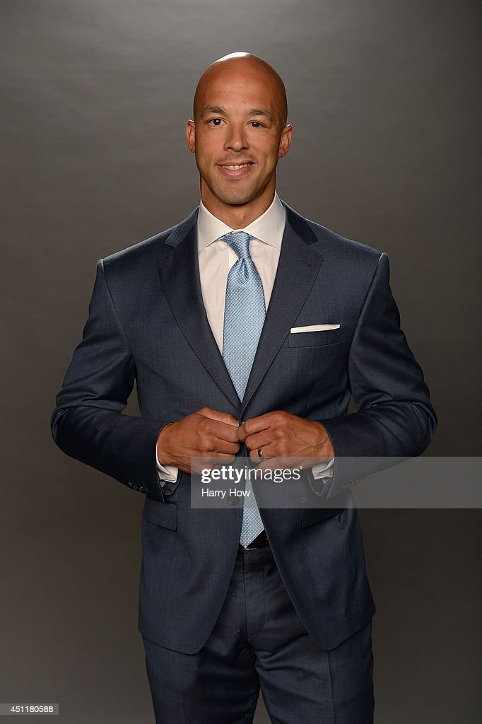 Manny Malhotra of the Carolina Hurricanes poses for a portrait during the 2014 NHL Awards at Encore Las Vegas on June 24, 2014 in Las Vegas, Nevada.