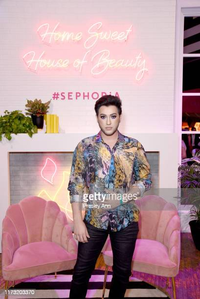 Manny MUA attends SEPHORiA House of Beauty – Day Two at The Shrine Auditorium on September 08 2019 in Los Angeles California