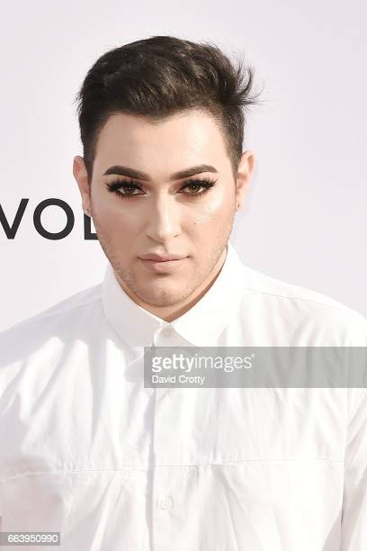Manny Mua attends the Daily Front Row's 3rd Annual Fashion Los Angeles Awards Arrivals at Sunset Tower Hotel on April 2 2017 in West Hollywood...