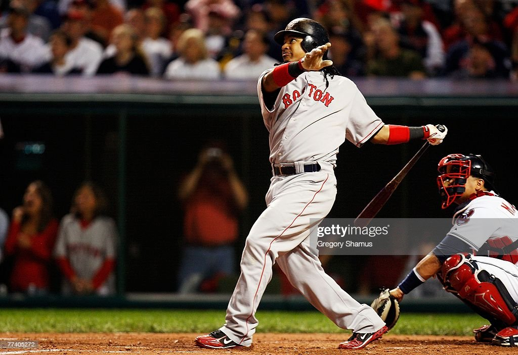 ALCS: Boston Red Sox v Cleveland Indians - Game 5 : News Photo