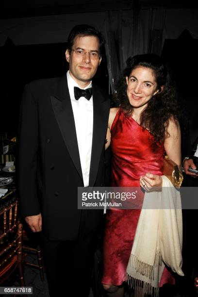 Manny Weintraub and Johanna Berkman attend the Wildlife Conservation Society's Central Park Zoo '09 Gala at the Central Park Zoo on June 10 2009 in...