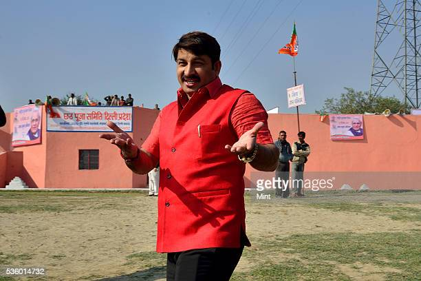 Manoj Tiwari MP from North East Delhi at ITO Chhath Ghat where BJP workers are doing Shramdaan on the birthday of former PM Atal Bihari Vajpayee on...
