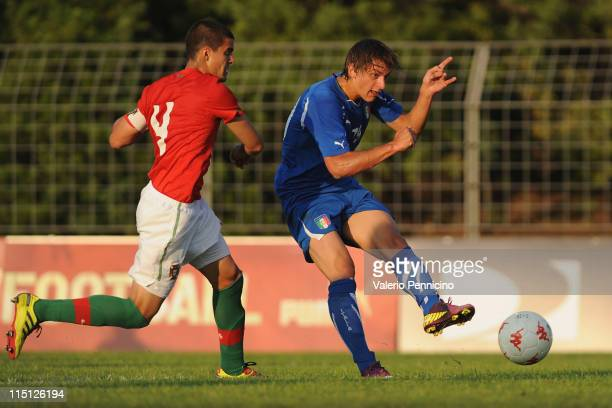 Manolo Gabbiadini of Italy scores the opening goal during the Toulon U21 tournament match between Italy and Portugal at Stade de l'Esterel on June 3,...