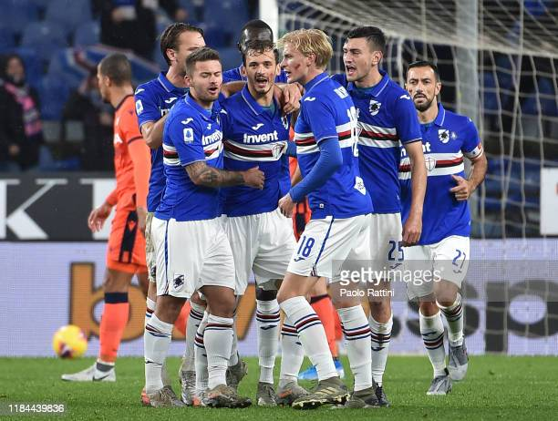 Manolo Gabbiadini of UC Sampdoria celebrate after scoring goal 11 with his teammates during the Serie A match between UC Sampdoria and Udinese Calcio...