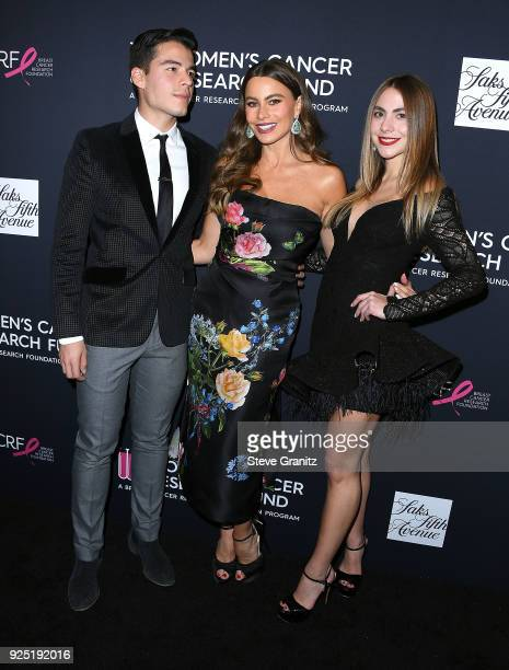 Manolo Gonzalez Vergara Sofia Vergara and Claudia Vergara arrive at the The Women's Cancer Research Fund's An Unforgettable Evening Benefit Gala at...