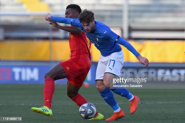 Manolo Portanova of Italy U19 controls the ball during the UEFA Elite Round match between Italy U19 and Belgium U19 at Stadio Euganeo on March 20...