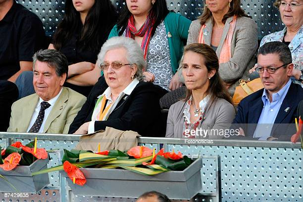 Manolo Santana Infanta Pilar de Borbon Princess Elena of Spain and Madrid Mayor Alberto Ruiz Gallardon attend Madrid Open tennis tournament at La...