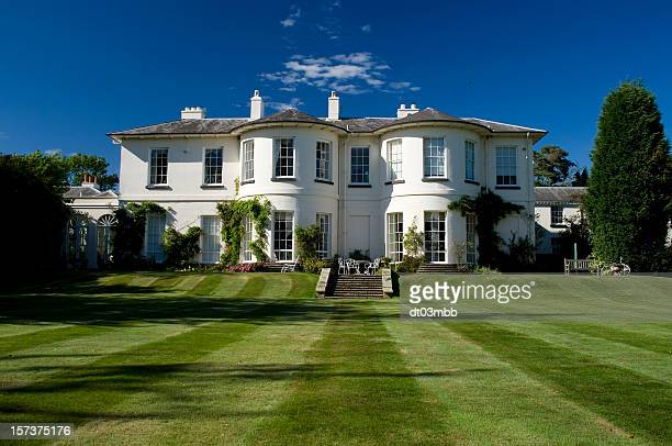 manor house - grounds stock pictures, royalty-free photos & images