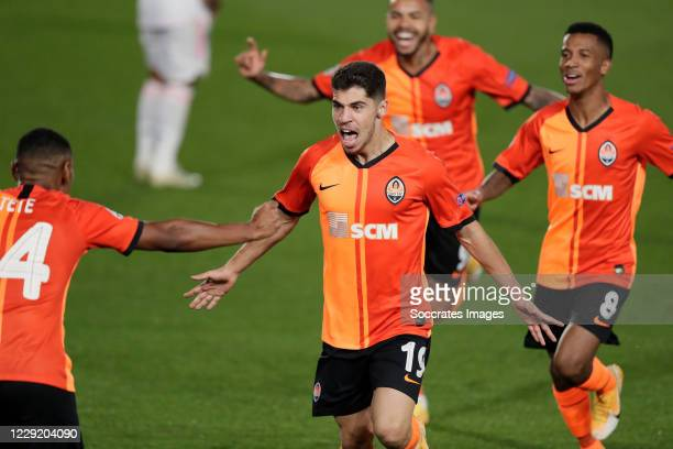 Manor Solomon Celebrates 0-3 during the UEFA Champions League match between Real Madrid v Shakhtar Donetsk at the Estadio Alfredo Di Stefano on...