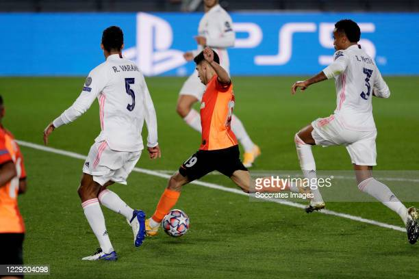 Manor Solomon scores the third gaol to make it 0-3 during the UEFA Champions League match between Real Madrid v Shakhtar Donetsk at the Estadio...