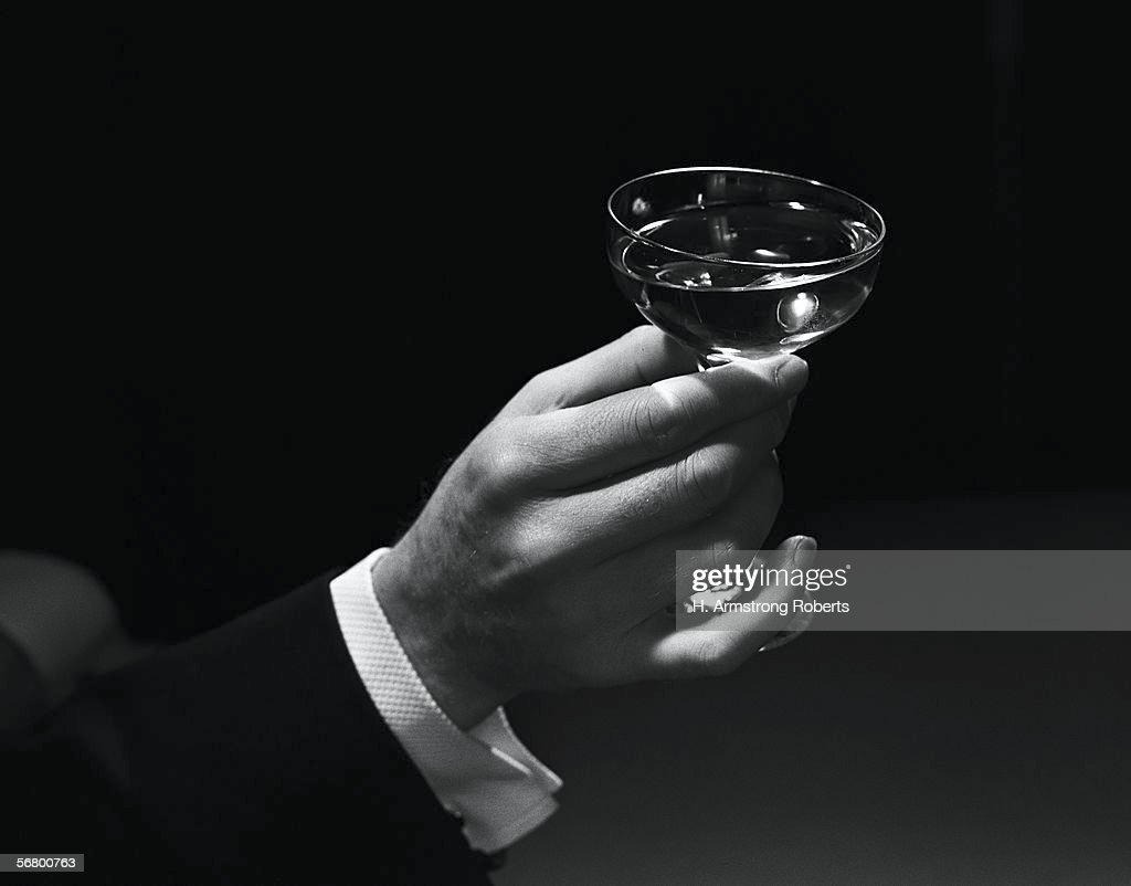 Glass of champagne : News Photo