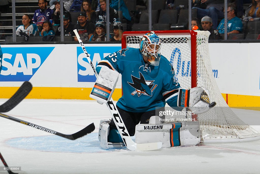 Vancouver Canucks v San Jose Sharks : News Photo