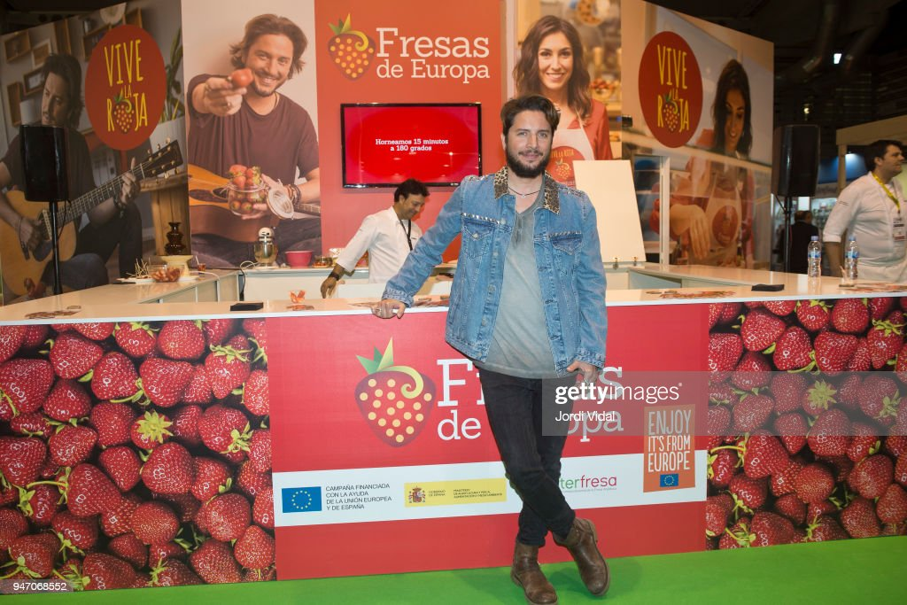 Manu Carrasco Promotes The Campaign 'Fresas de Europa: Vive la Roja'