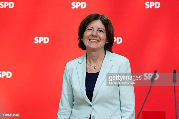 Manu Dreyer Prime Minister of German State of RhinelandPalatinate arrives on stage prior party board meeting on March 14 2016 in Berlin Germany...
