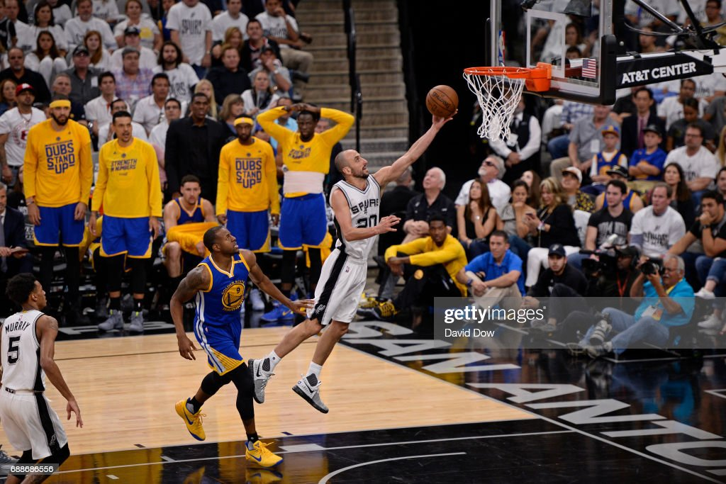 Golden State Warriors v San Antonio Spurs - Game Four : News Photo