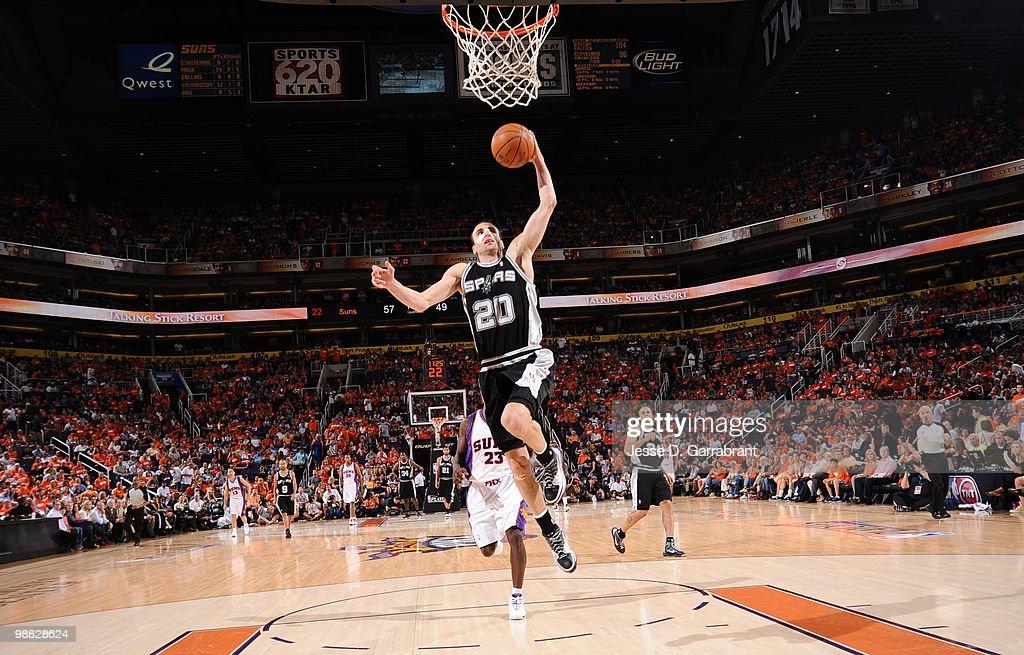 San Antonio Spurs v Phoenix Suns, Game 1 : News Photo