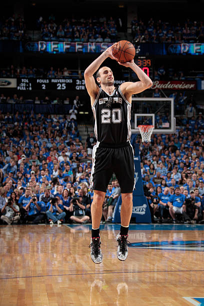 Manu Ginobili of the San Antonio Spurs vs. Mavericks. May '14.