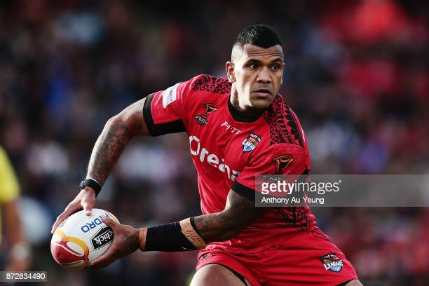 Manu Ma'u of Tonga in action during the 2017 Rugby League World Cup match between the New Zealand Kiwis and Tonga at Waikato Stadium on November 11...