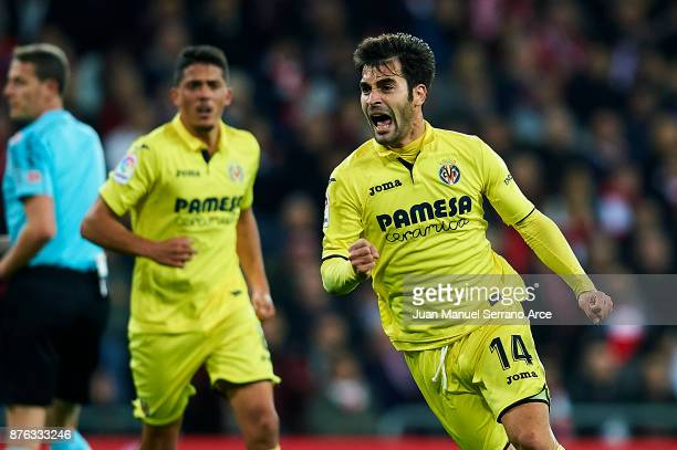 Manu Trigueros of Villarreal CF celebrates after scoring goal during the La Liga match between Athletic Club Bilbao and Villarreal CF at San Mames...