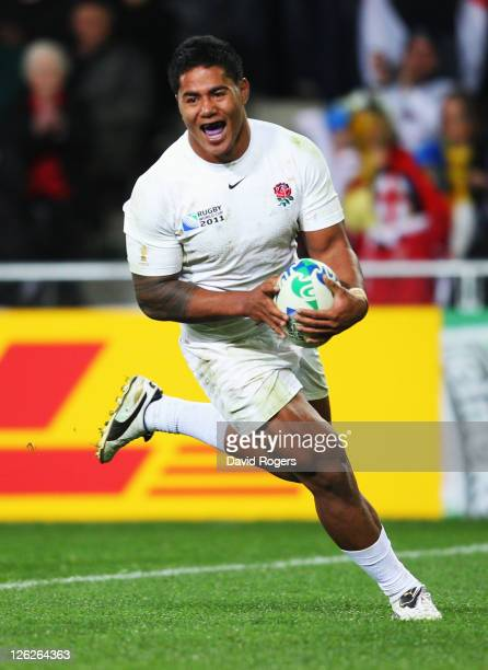 Manu Tuilagi of England breaks clear to score their eighth try during the IRB 2011 Rugby World Cup Pool B match between England and Romania at Otago...