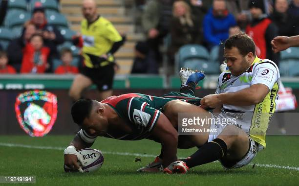 Manu Tuilagi of Leicester Tigers scores a try during the European Rugby Challenge Cup Round 3 match between Leicester Tigers and Calvisano Rugby at...
